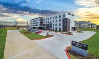 Courtyard By Marriott Exterior-321x191