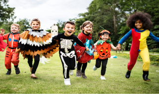 kids trick-or-treating at Arboretum